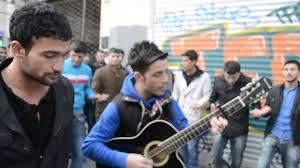 Koma Sê Bira - Ew Şehîdin Kürtçe Şarkı sözleri ve Türkçe Çevirisi
